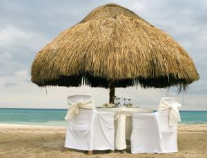 romantic-summer-beach-1314562-639x489