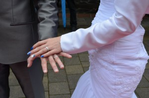 Poročna prstana sta Romana in Marko izbrala v Zlatarnici.