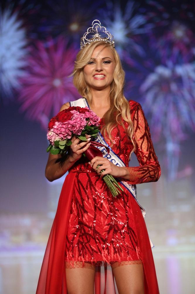 Miss Universe 2016 contestants Lucija-potocnik-intervju-o-ljubezni-ona-on-zasebnistiki-resne-zveze-zmenki1-2