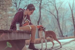 Priložnost za dejanja iz prijaznosti se pojavijo kjerkoli. Vir: Shutterstock