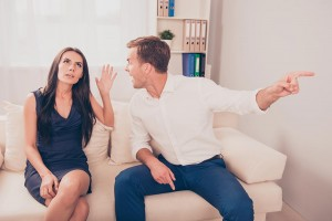 ljubezenski-nasveti-ona-on-zasebni-stiki-resne-zveze-zmenki1