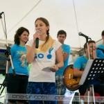 Ob prihodu v Center Harmonija je vse prisotne nagovorila Tina, vodja promocije pri ona-on.com. Foto: Max Verderber