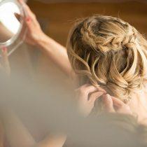 Primer nevestine poročne frizure